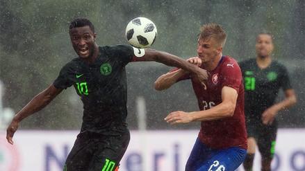 Nigeria perdió con República Checa antes de su debut en el Mundial