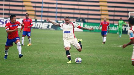 Universitario perdió ante Unión Comercio y sigue complicándose en el Apertura