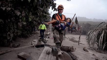 Estados Unidos transportará a niños heridos en la erupción del volcán de Guatemala
