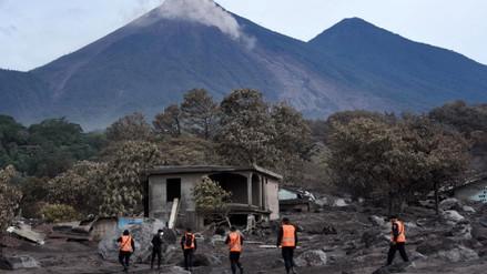 Guatemala | Cinco días después de su erupción, el volcán de fuego sigue en actividad