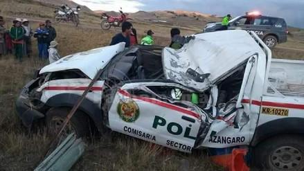 Puno: Un suboficial PNP murió al volcarse con un patrullero en Azangaro