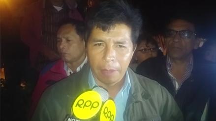 Castillo arremetió contra ministro y dijo todo está listo para huelga
