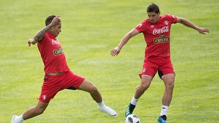 Aldo Corzo sufrió un tirón en los entrenamientos de la Selección Peruana