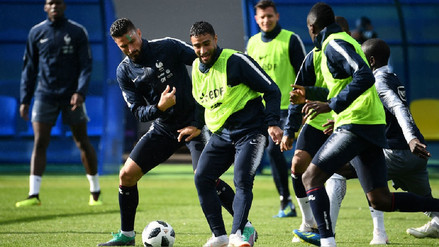 Francia realizó su primer entrenamiento en Rusia con dos ausencias