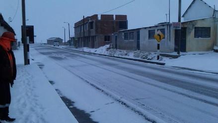 Arequipa soporta inusual temporada de 15 días de nevadas