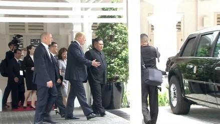 Trump le enseñó a Kim el interior de su limusina blindada