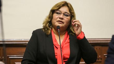 Janet Sánchez: Pedro Olaechea tomó decisión de renunciar sin avisar a la bancada