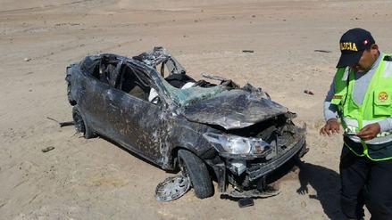 Un policía y su esposa murieron tras despiste de automóvil