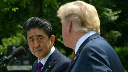 Trump le dijo a Shinzo Abe que enviaría 25 millones de mexicanos a Japón