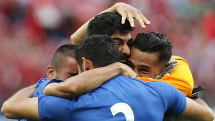 Irán obtuvo un emotivo triunfo por 1-0 ante Marruecos en el último minuto