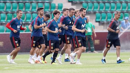 España entrenó tras el empate ante Portugal con Dani Carvajal recuperado