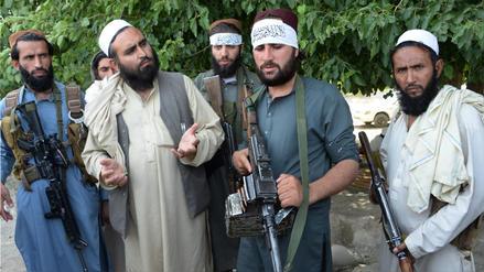 Veinticinco muertos dejó un atentado suicida en Afganistán durante alto el fuego