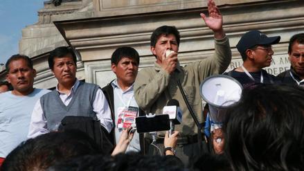 Pedro Castillo anunció huelga de maestros: