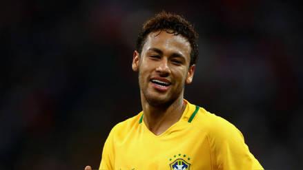 Neymar debutó en Rusia 2018 con un extravagante peinado