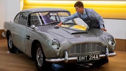 Subastan el Aston Martin que James Bond condujo en