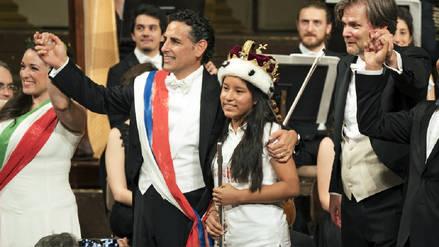 Juan Diego Flórez y niña flautista son ovacionados en Viena