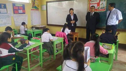 Verificarán descuentos de salarios a maestros por acatar huelga en La Libertad