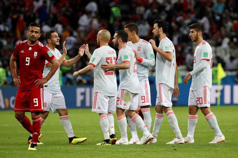 España sufrió más de la cuenta con un sólido Irán pero terminó ganando 1-0