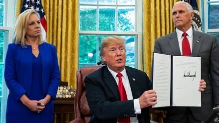 Donald Trump firma una orden para dejar de separar a niños inmigrantes de sus padres