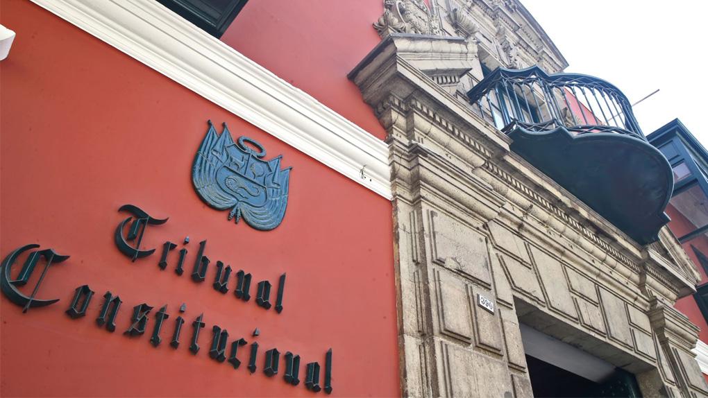 Congresistas presentan demanda de inconstitucionalidad contra Ley de publicidad