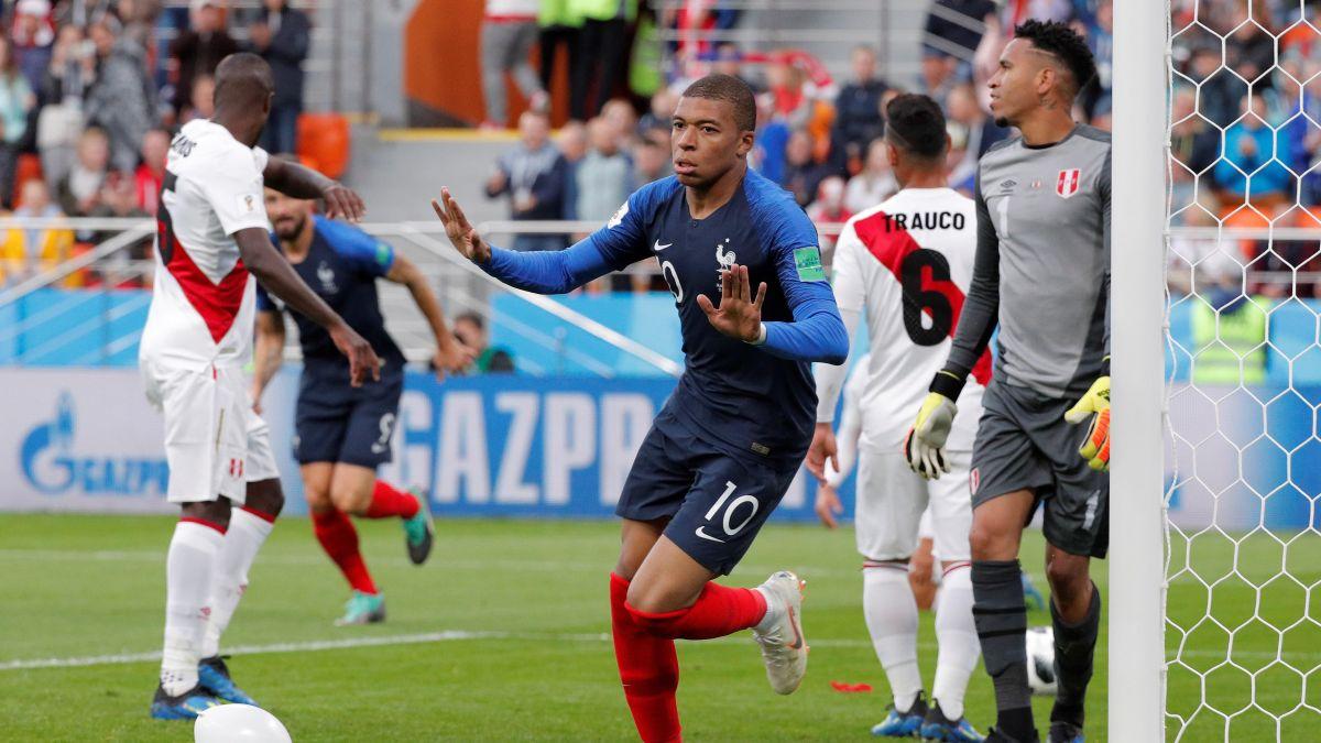 El error en salida de Paolo Guerrero que provocó el primer gol de Francia
