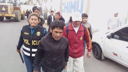 Diecisiete detenidos así como armas y bombas decomisadas en desalojo