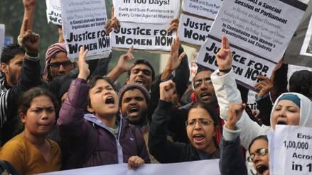 Indignación en India por el rapto y violación en grupo de cinco jóvenes activistas