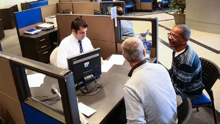 AFP: Proponen que afiliados desempleados puedan retirar aportes a los 40 años
