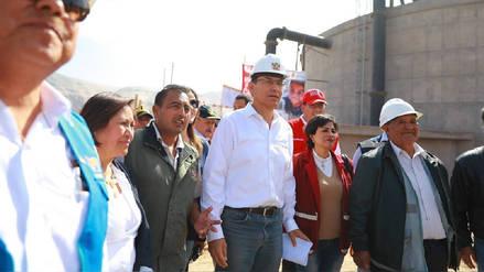 Presidente Martín Vizcarra visitó Arequipa para anunciar obras y escuchar a alcaldes
