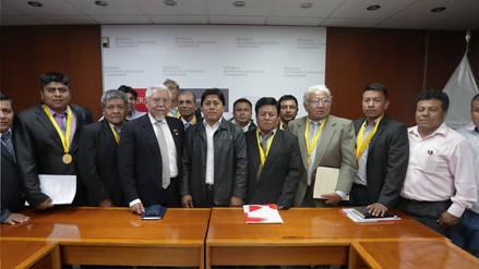 Reunión productiva entre ministro de Vivienda y alcaldes de centros poblados de Olmos