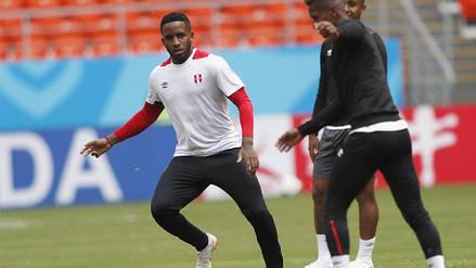 Jefferson Farfán abandonó el entrenamiento de la Selección Peruana luego de un golpe en la cabeza