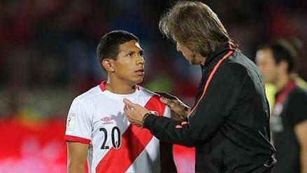 Edison Flores afirmó que el equipo y el país quieren que Gareca se quede