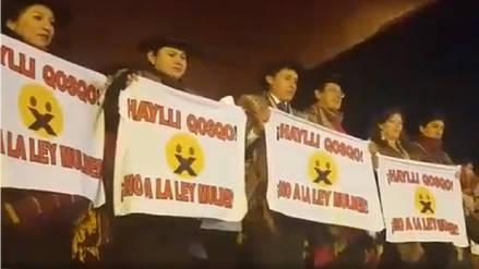 Periodistas protestaron contra la Ley Mulder durante Fiestas del Cusco