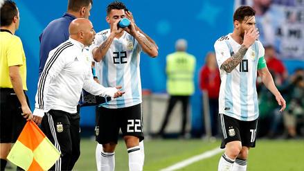 Sampaoli consulta a Messi para hacer sus cambios: