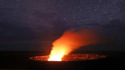 Nueva explosión en el volcán Kilauea de Hawái provoca un sismo de magnitud 5.2