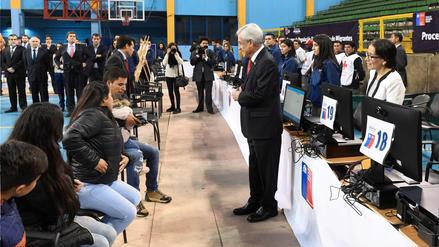 Unos 2 mil extranjeros serán expulsados de Chile este año