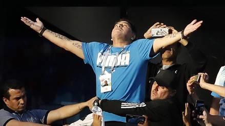 El loco festejo de Maradona tras el golazo de Messi ante Nigeria