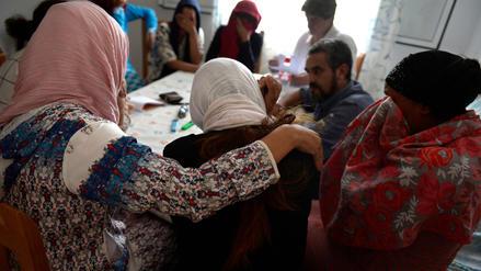 Explotación laboral y acoso sexual: denuncias de mujeres marroquíes agitan el sector de la fresa en España