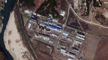 Fotos satelitales revelan que Corea del Norte sigue mejorando su central nuclear de Yongbyon
