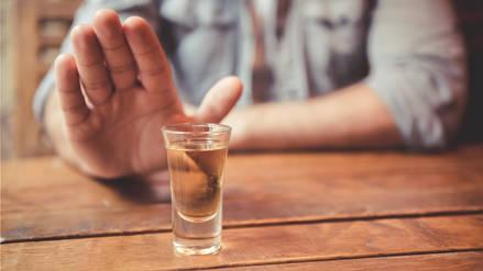 Más de una bebida alcohólica al día a lo largo de la vida aumenta el riesgo de muerte