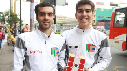 La historia de los hermanos peruanos que baten récords con el cubo mágico