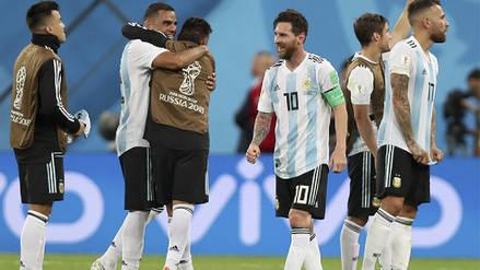Medio equipo de la Selección de Argentina en capilla por tarjeta amarilla frente a Francia