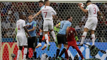 Un gol a la uruguaya de Pepe empató el partido para Portugal