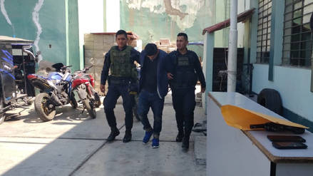 """Hermanos fueron detenidos con arma de fuego en """"La Cachina"""""""