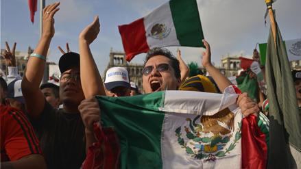 Luis Miguel en Rusia 2018: Hinchas mexicanos cantan