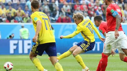 Suecia pasó a los cuartos de final con gol de Emil Forsberg