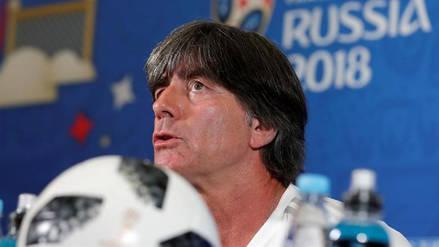 Joachim Löw seguirá al frente de la Selección alemana pese a la eliminación del Mundial