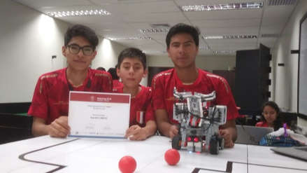 Arequipeños ganan premio en Mundial de Robótica en Canadá