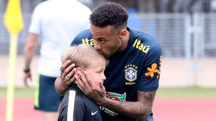 Neymar y su hijo desbordaron ternura en entrenamientos de Brasil