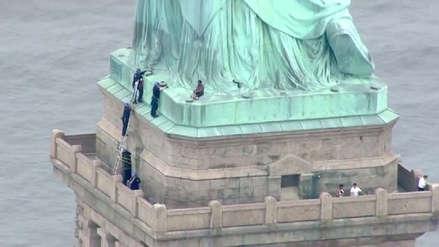EE.UU. | Fiscalía de Nueva York presentó cargos contra mujer que trepó la Estatua de la Libertad como protesta
